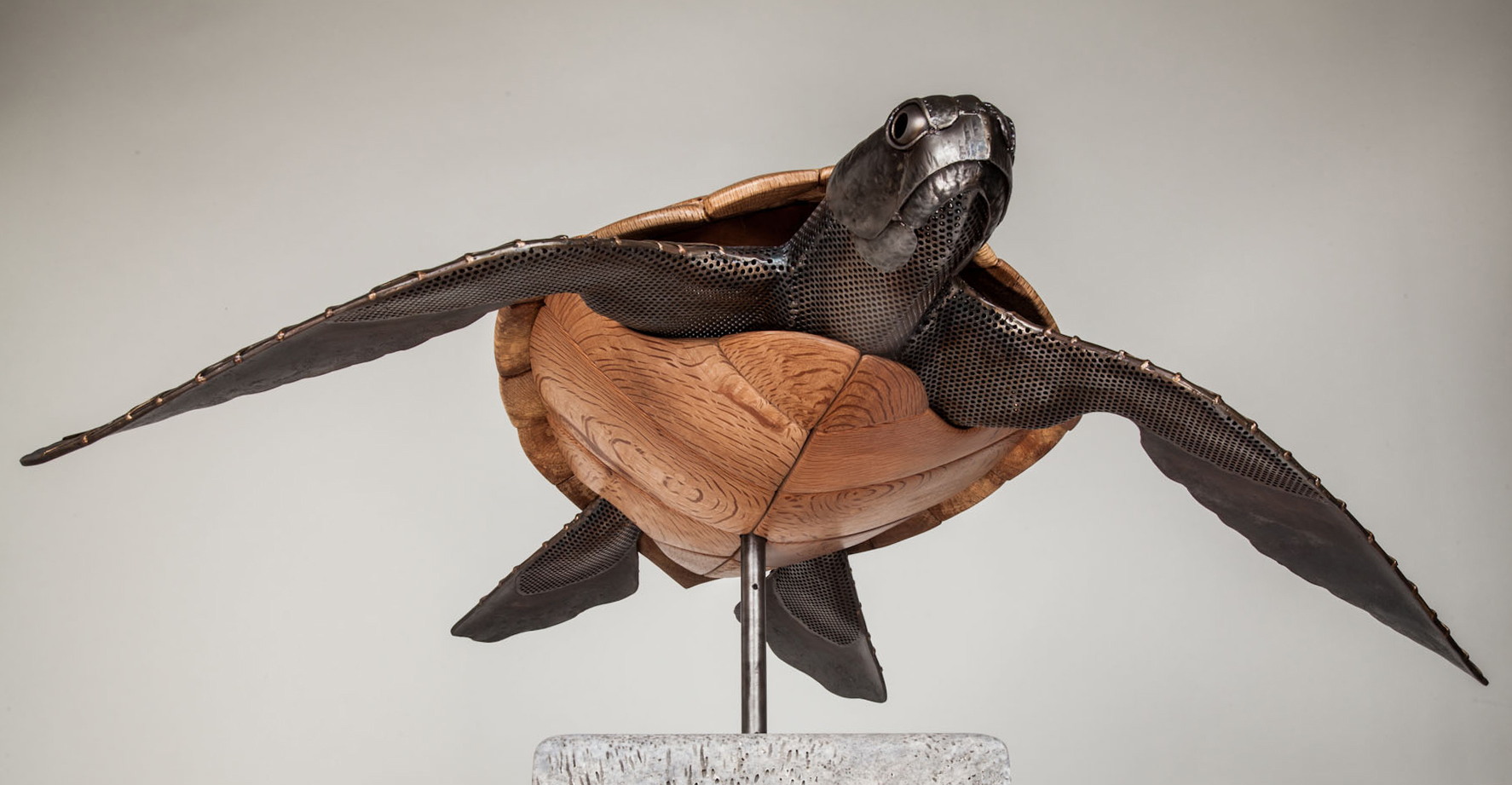 wood sculpture artist